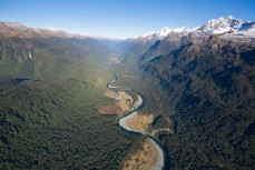 The Hollyford River between the Darran Mountains (right) and the Serpentine Range, Southern Alps, New Zealand.
